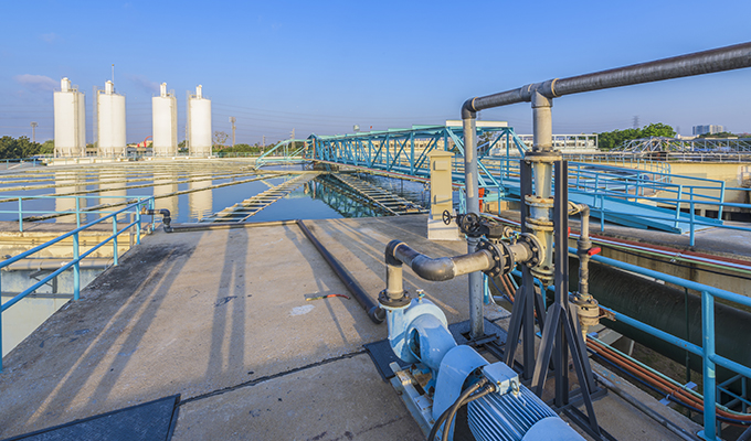 benchmarking industrial water use