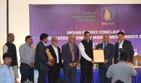 Dr Ajay Mathur honoured for his contribution to the field of energy efficiency